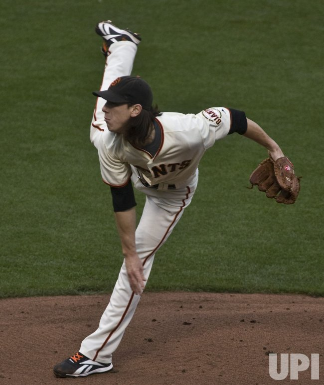 Giants Tim Lincecum pitches to the Philadelphia Phillies in game five of the NLCS in San Francisco