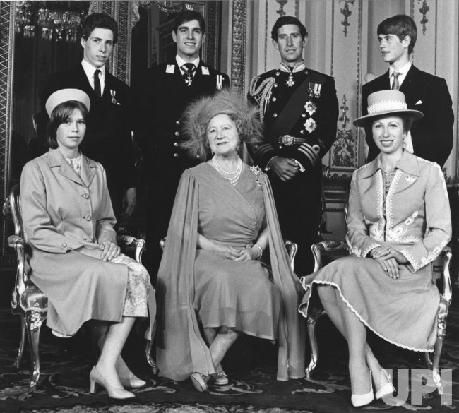 The Queen Mother Elizabeth poses with her grandchildren