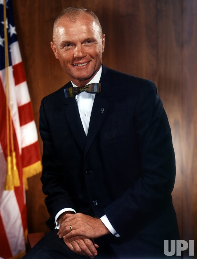 John Glenn returns to space aboard space shuttle Discovery
