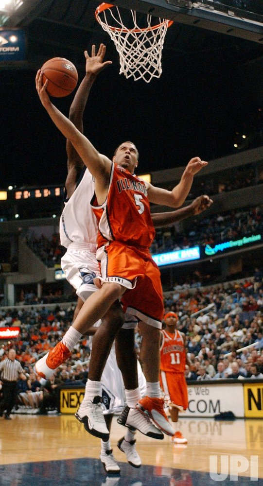 ILLINOIS FIGHTING ILLINI AT GEORGETOWN HOYAS