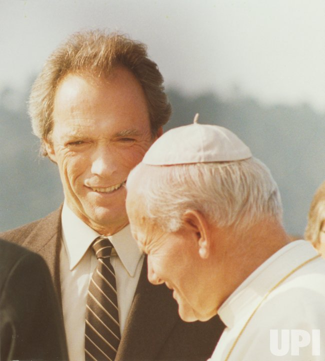 POPE JOHN PAUL II MEETS WITH ACTOR CLINT EASTWOOD
