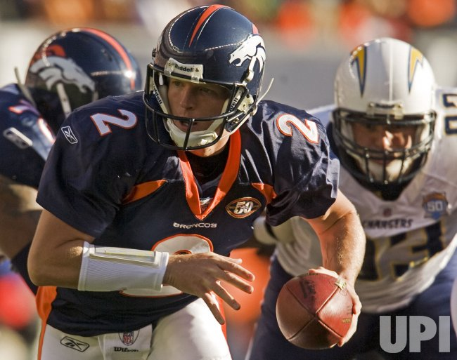 Broncos Simms Starts Against Chargers in Denver