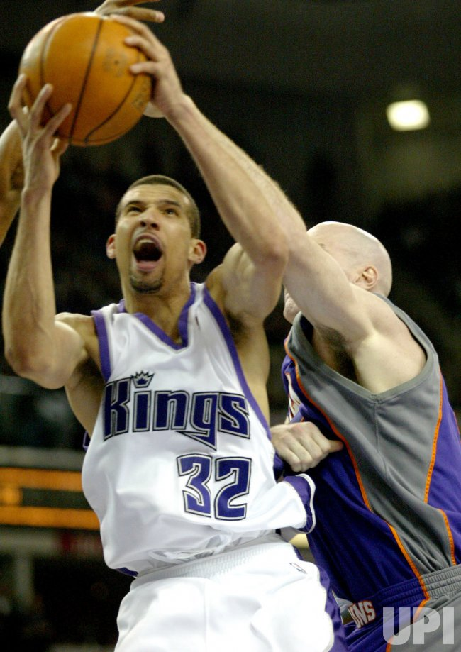 SACRAMENTO KINGS VS PHOENIX SUNS