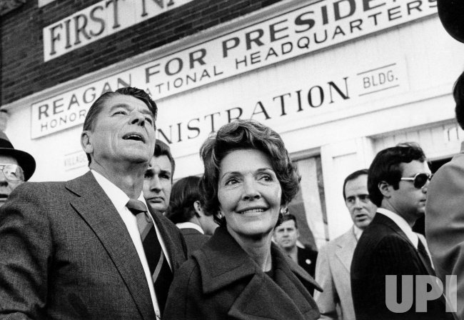RONALD AND NANCY REAGAN VISITING REAGAN'S HOMETOWN