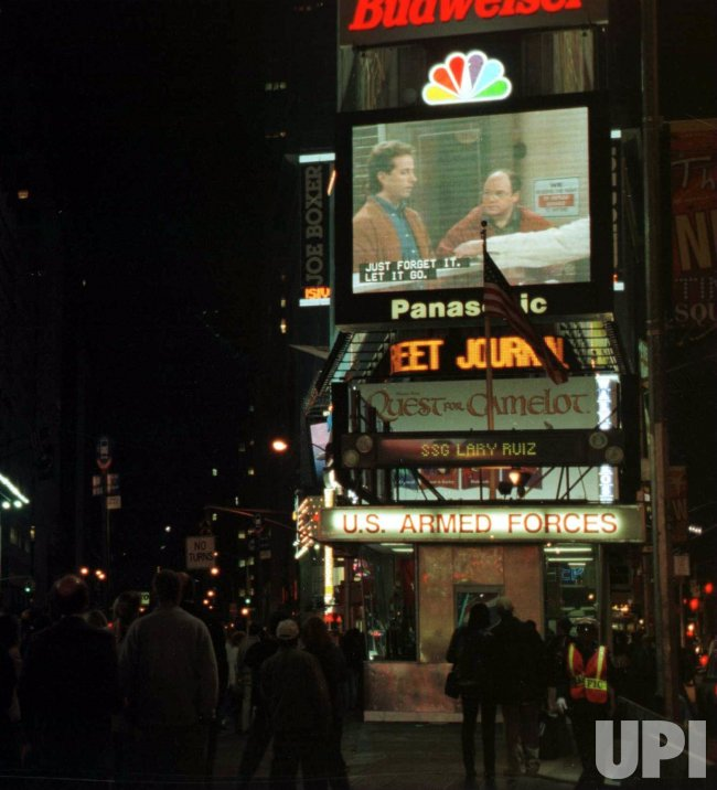 seinfeld final episode show in times square