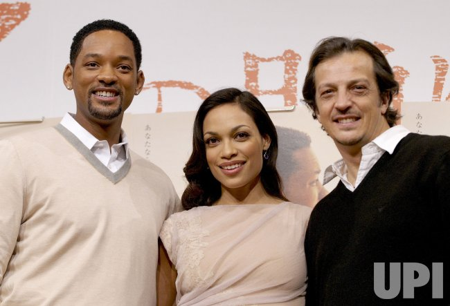 "Will Smith promotes ""Seven pounds"" in Japan"