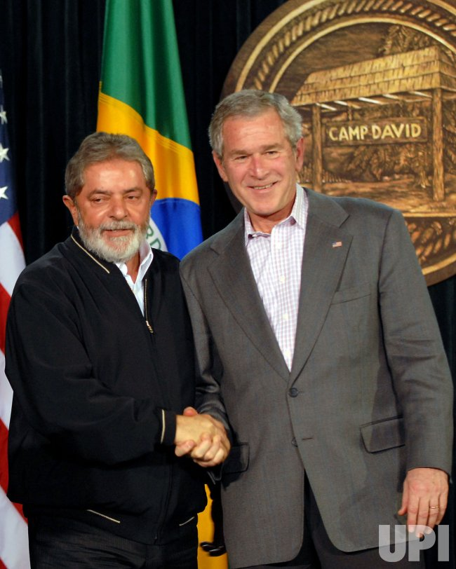 U.S. PRESIDENT BUSH WELCOMES BRAZILIAN PRESIDENT AT CAMP DAVID