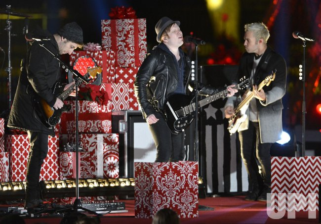 fall out boy perform at the lighting of the national christmas tree in washington - Fall Out Boy Christmas