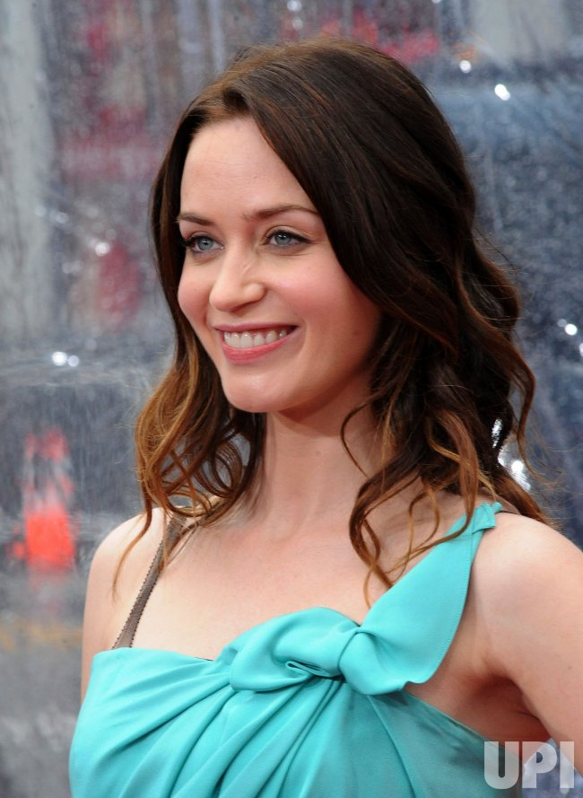 """Emily Blunt arrives at the """"Gulliver's Travels"""" premiere in Los Angeles"""