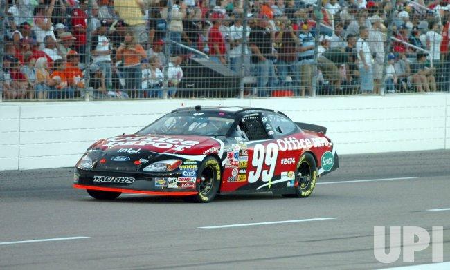 DICKIES 500 NASCAR RACE