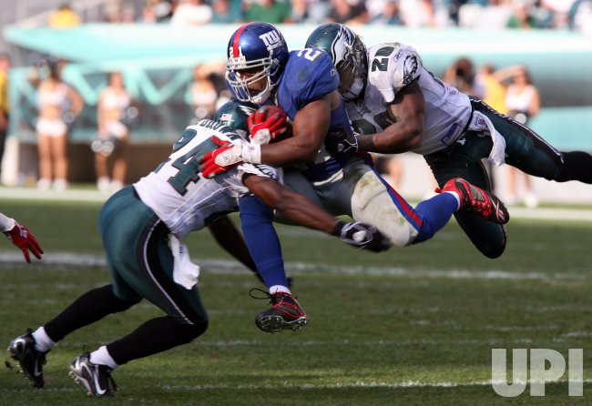 PHILADELPHIA EAGES VERSES NEW YORK GIANTS