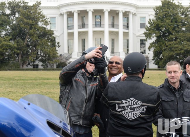president trump talks with harley-davidson officials at the white