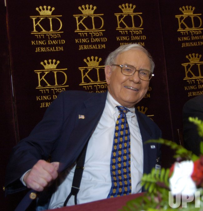 INVESTOR WARREN BUFFETT AT THE KING DAVID HOTEL IN JERUSALEM