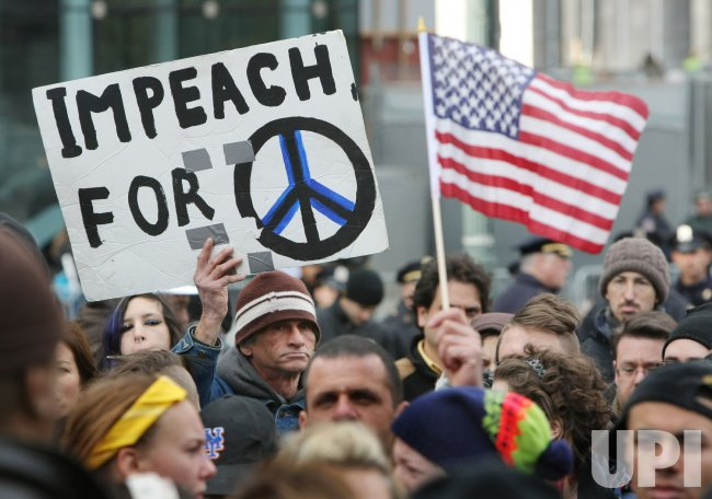 Occupy Wall Street protesters hold Veterans Day concert in New York
