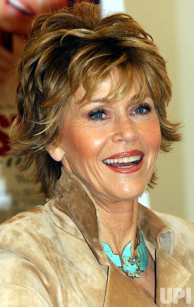 "JANE FONDA PROMOS HER BOOK BIOGRAPHY ""MY LIFE SO FAR"""