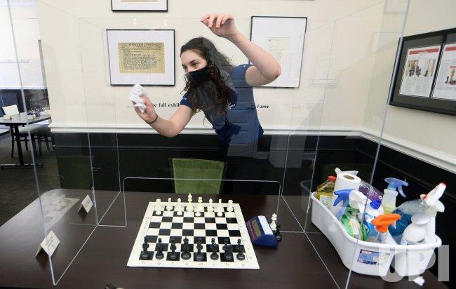 Saint Louis Chess Club Reopens