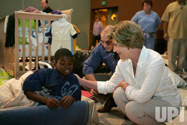 LAURA BUSH VISITS KATRINA AREA