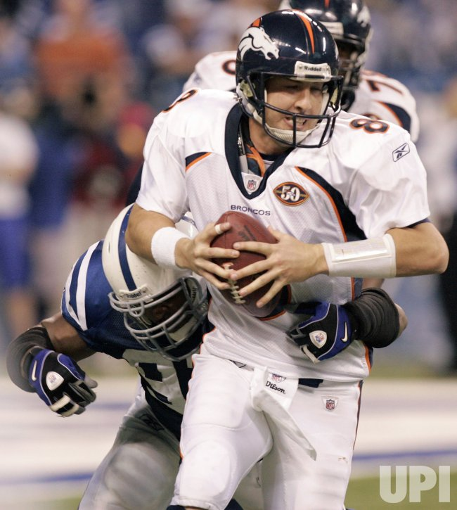 Colts Freeney Sacks Broncos' Orton