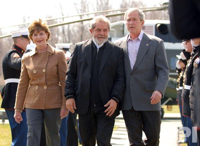 U.S. PRESIDENT BUSH WELCOMES BRAZILIAN PRESIDENT AT CAMP DAVID