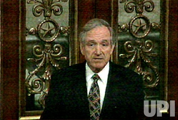 Sen. Tom Harkin speaks in the Senate Impeachment trial