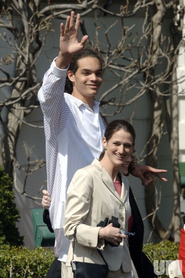 JOAKIM NOAH AT THE WHITE HOUSE