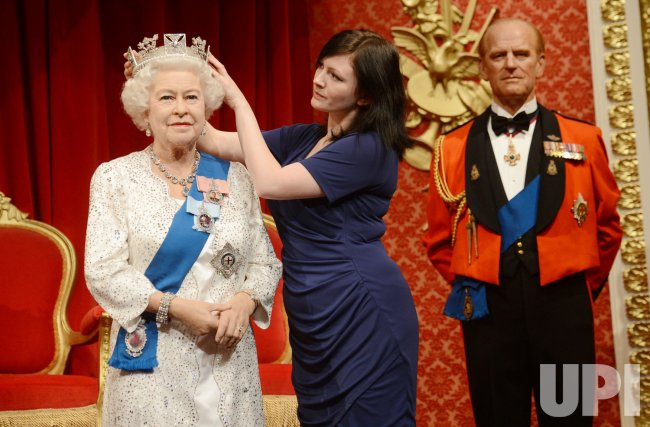 Her Majesty The Queen Waxwork in London