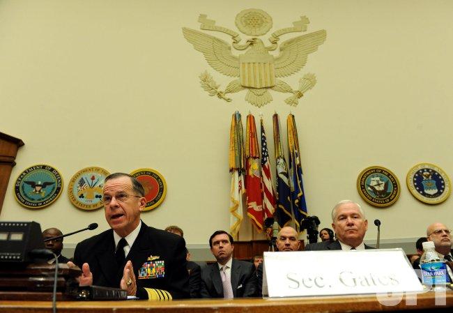 Mullen, Gates discuss 2010 defense budget on Capitol Hill