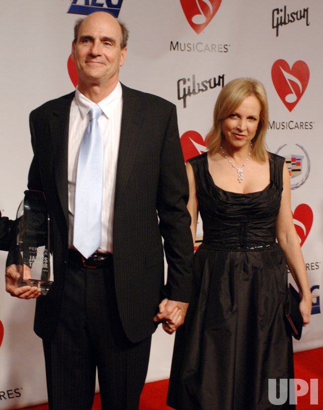 2006 MUSICARES PERSON OF THE YEAR BENEFIT