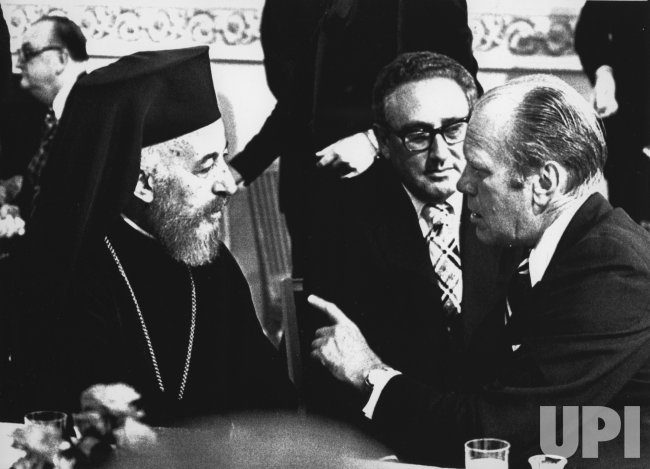 Gerald Ford confers with Cyprus President Makarios III