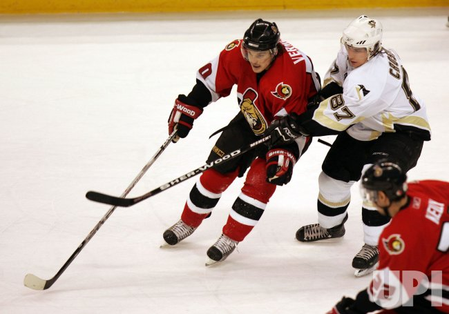 PITTSBURGH PENGUINS AT OTTAWA SENATORS IN ROUND 1 GAME 5 OF NHL PAYOFFS