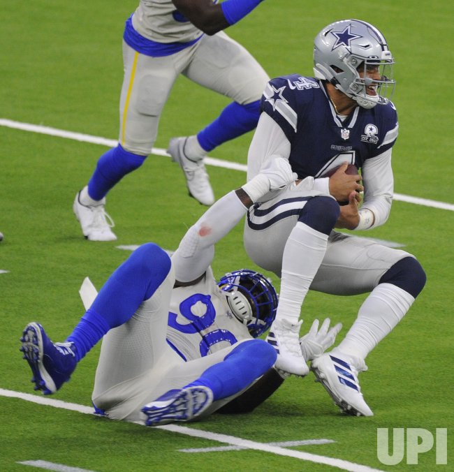 Rams's Michael Seth Brockers Sacks Cowboys' Dak Prescott