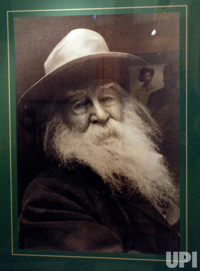 LIBRARY OF CONGRESS EXHIBITS WHITMAN ARTIFACTS