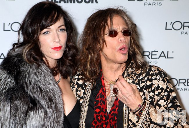 Musician Steven Tyler arrives at the Glamour Magazine 2009 Women of the Year Awards at Carnegie Hall in New York