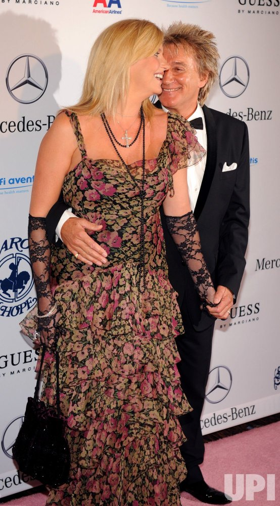 Rod Stewart and Penny Lancaster attend the 32nd anniversary Carousel of Hope Ball in Beverly Hills