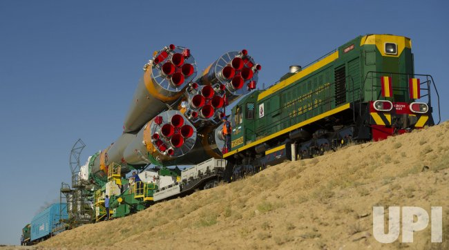 Soyuz TMA-05M spacecraft rolled out for launch in Kazakhstan