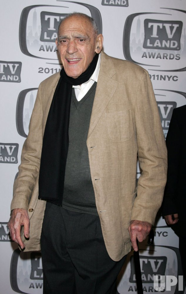 Abe Vigoda arrives for the TV Land Awards in New York