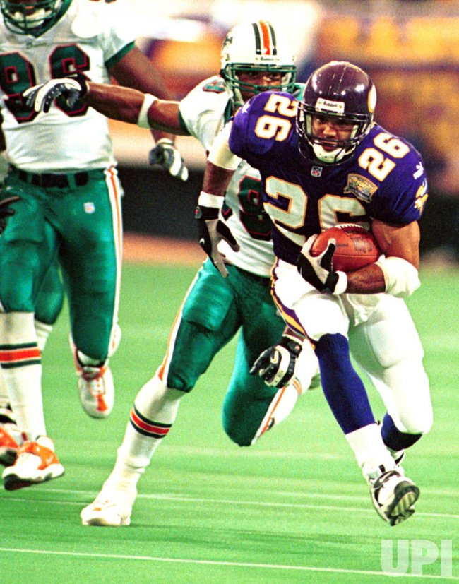 Vikings running back Robert Smith