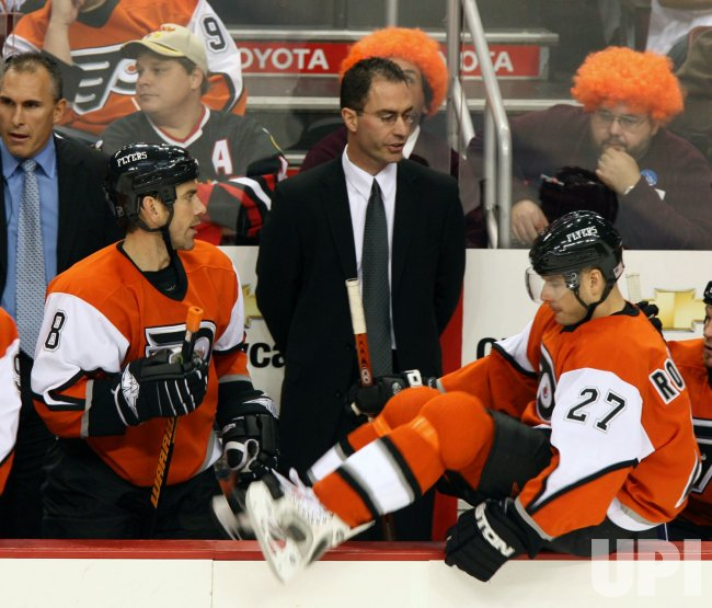 PHILADELPHIA FLYERS VS CHICAGO BLACKHAWKS