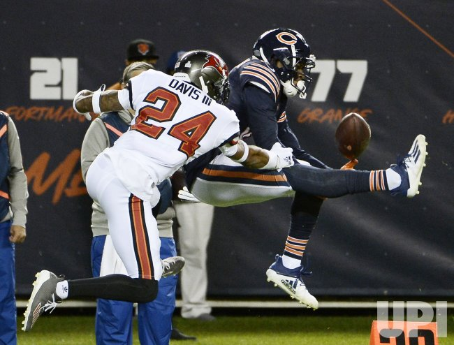 Tampa Bay Bucaneers vs Chicago Bears in Chicago