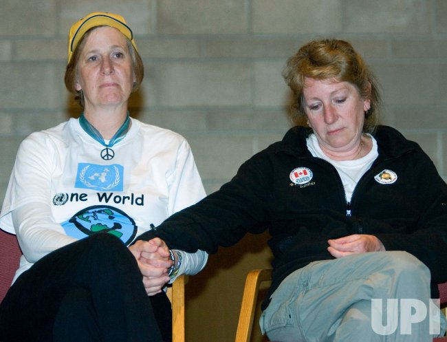 ANTI WAR MOM CINDY SHEEHAN FINISHES CROSS CANADA SPEAKING TOUR IN VANCOUVER