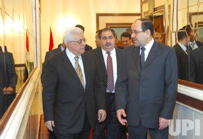 Iraqi PM Greets Palestinian Leader Abbas in Baghdad