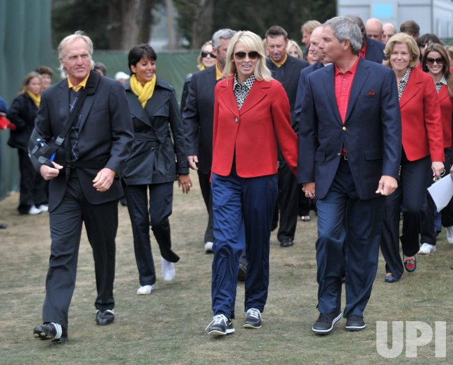 Fred Couples and Greg Norman lead at the Presidents Cup in ...