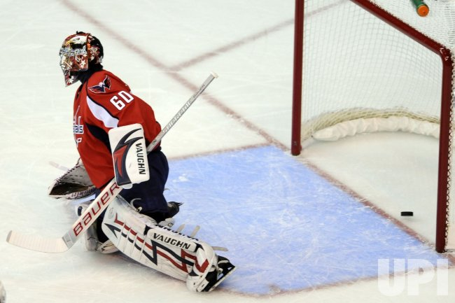 Jose Theodore Gives Up A Goal in Washington