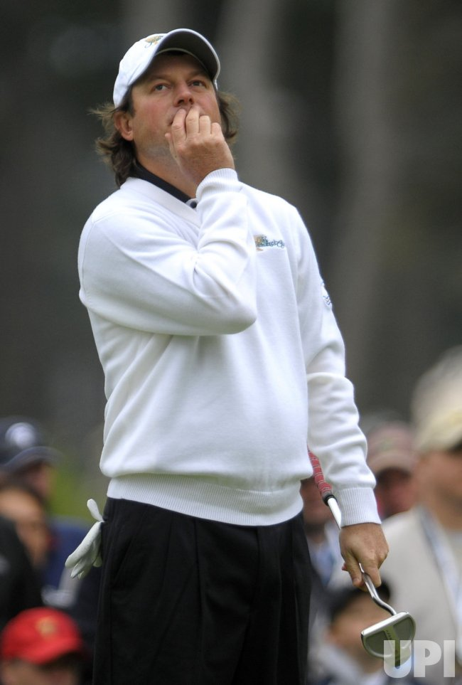 Tim Clark reacts during the third round of the 2009 Presidents Cup in San Francisco