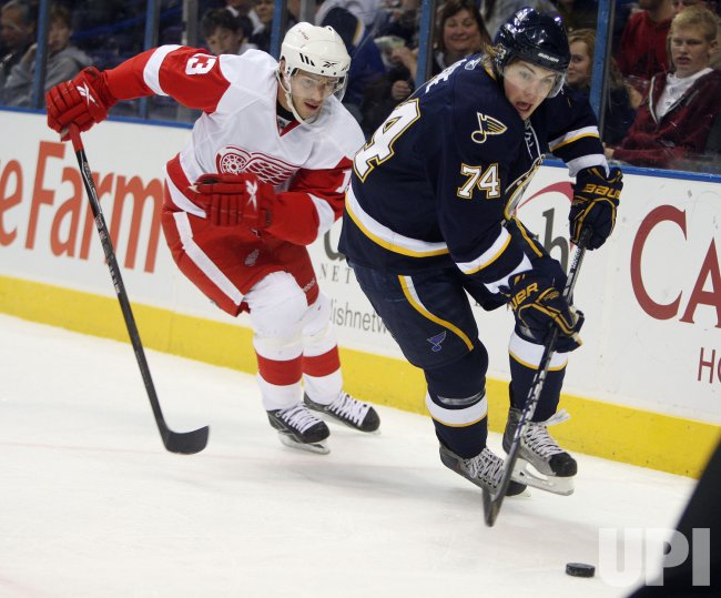 Detroit Red Wings Pavel Datsyuk and St. Louis Blues TJ Oshie