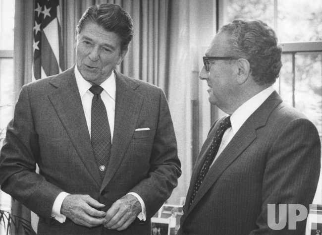 Ronald Reagan meets with Henry Kissinger for a mission to Moscow