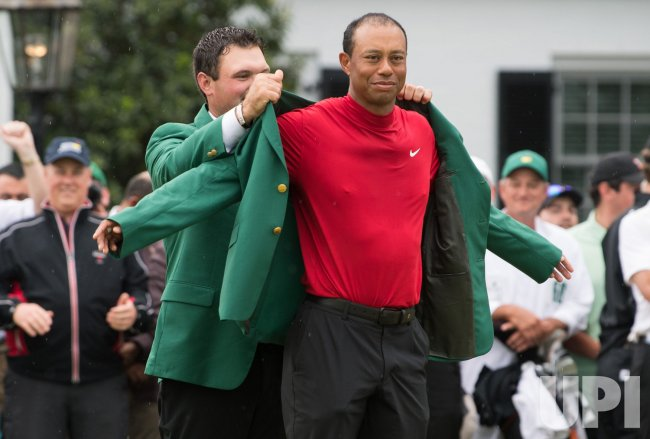 tiger woods wins the 2019 masters tournament in augusta