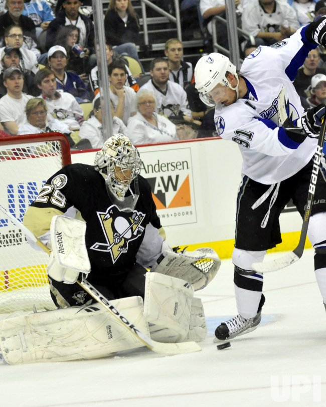 Lightning Stamkos Scores on Pens Fleury in Pittsburgh