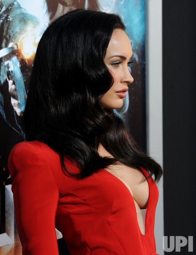 "Megan Fox attends the ""Jonah Hex"" premiere in Los Angeles"