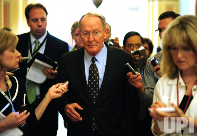Sen. Lamar Alexander (R-TN) speaks to reports in Washington
